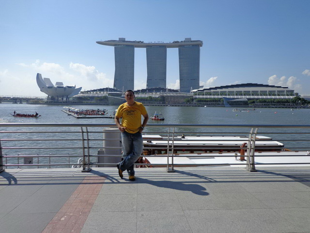backpacker ke singapura