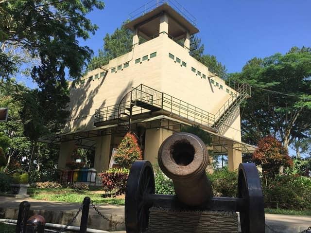 Tempat wisata di Bukittinggi Benteng Fort De Kock