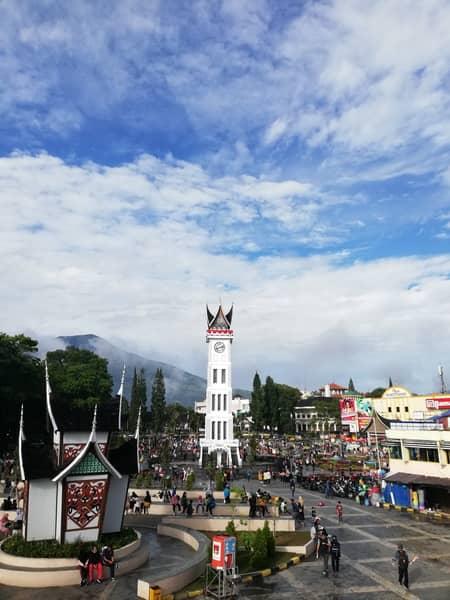 tempat wisata di bukittinggi jam gadang